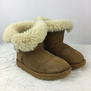 UGG Kids Bailey Button II Chestnut Suede Boots